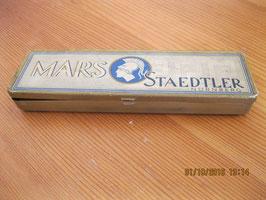 BOITE METALLIQUE STAEDTLER MARS NURENBERG