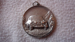 MEDAILLE FORD ESCORT RALLYE TCHANTCHES LE STAMP BELGIQUE