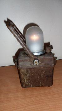 LAMPE DE CHEMINOT DE MARQUE WONDER TYPE TIPHON MODELE DEPOSE. ANNEE 40/50 FONCTIONNE 27 X 11 X 17 CM