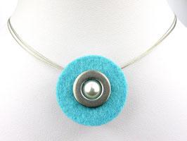Puristische Halskette mit Anhänger aus türkisem Filz, Edelstahl und Perle