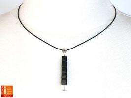 Puristische Halskette Collier PUR Y - schwarz/kristall mit Glaswürfeln
