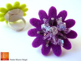 Blumenring Glasschliffperlen, lila