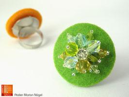 Filzring mit Glasschliffperlen, grün