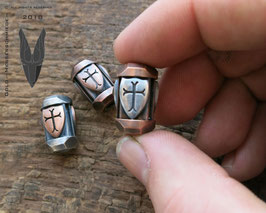 Bronze Big Trinity Bead ,,Shields""