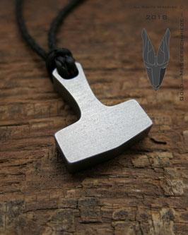 Hammer Pendant Titanium