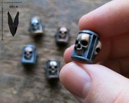 "Silver Trinity Bead ,,Skulls"""