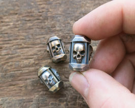 "Silver Big Trinity Bead ,,Skulls"""