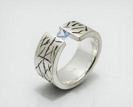 "Spann - Ring ""Picasso"" mit Aquamarin"
