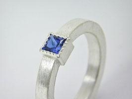 """Solitär-Ring """" Adriana"""", 925er Silber / Eleganter, zeitloser handgefertigter"""