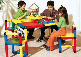 Playtable with 4 rotatable Chairs