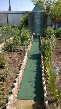 Дорожка из резиновой крошки GUMMI-рельеф (50 см) для дачи, сада, огорода.