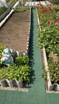 Дорожка из резиновой крошки GUMMI-рельеф (30 см) для дачи, сада, огорода.