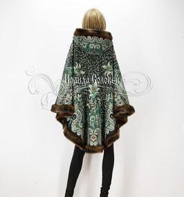 """Пальто-пончо с отстегивающимся капюшоном """"Морозко-20"""" из павловопосадских платков"""