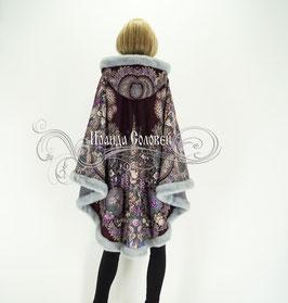 """Пальто-пончо с отстегивающимся капюшоном """"Над серебряной водой-2"""" из павловопосадских платков"""