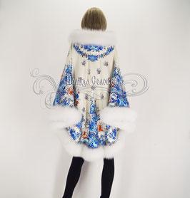 """Пальто-пончо с отстегивающимся капюшоном """"Гжель-5"""" с натуральным мехом серого песца"""
