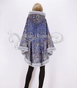 """Пальто-пончо с постоянным капюшоном """"Садко-2"""" из павловопосадских платков"""
