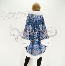 """Пальто-пончо с постоянным капюшоном """"Морозко-6"""" из павловопосадских платков"""