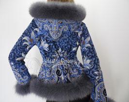 """Куртка с капюшоном  из павлопосадких платков """"Морозко"""" с натуральным мехом серого песца"""