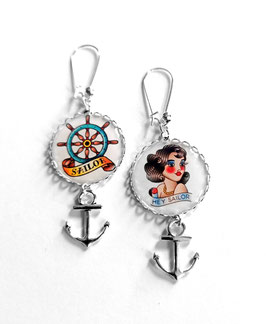 Boucles Pin-Up Sailor Tattoo