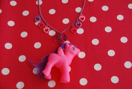 Collar Pony