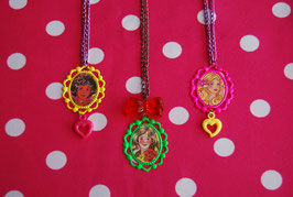 Collar Camafeo Barbie 80s