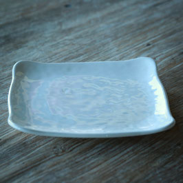 SQUARE HAMMERED SALD PLATE CM. 21 X 21