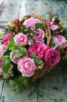 Mixed flowers cachepot