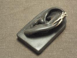 Skulptur am Ohr - klein