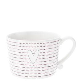 Cappuccino Tasse Herz mit vielen roten Herzen