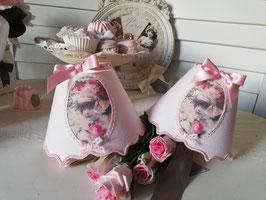 RESERVE :Deux abat-jour en lin rose poudré - portrait petite fille d'antan