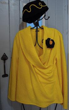 Modischer Pullover mit Schalkragen und dekorativem Faltenwurf