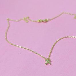 Silberkette mit kleinem Kreuzanhänger