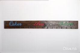 Palettengarderobe mit drei Namen [OPTIONEN]