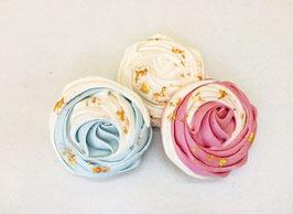 Baiser kaufen - In blau, rosa, weiß und mit einem Stück Luxus