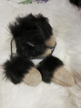 Yeti Babyset  aus Fell