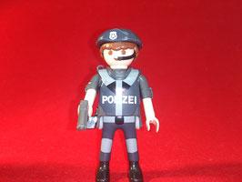 PLAY.FIG06.C7.0773-01 POLICIA FUERZAS ESPECIALES