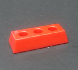 PLAY.CP38.B7820.1262 APARATO BASE RECTANGULAR 3 ORIFICIOS ROJO