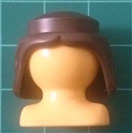 PLAY.CGPB.A499.70565 Pelo Medieval Peinado recto MARRON OSCURO