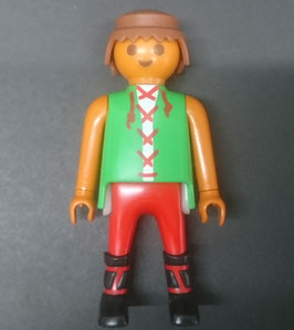PLAY.FIG04.C12.0001 FIGURA CAMPESINO MESTIZO