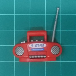 PLAY.G05.A7899.9449 RADIO CASSETTE ROJO GRIS