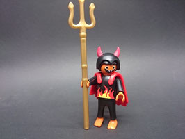 PLAY.FIG05.C5.01 NIÑO DIABLO HALLOWEEN C/ TRIDENTE