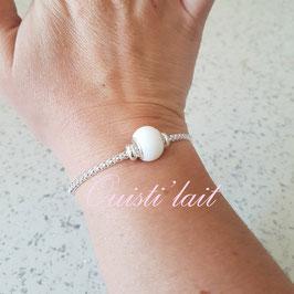 Bracelet avec perle de lait maternel