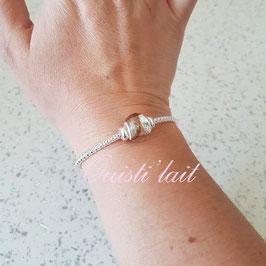 Bracelet avec perle mèche de cheveux