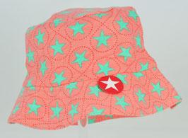 chapeau fond corail étoiles vertes Kik kid
