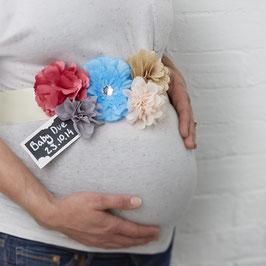Ceinture fleurs pastels pour baby shower