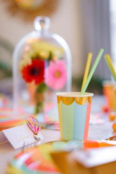 8 gobelets rayures pastels multicolores bordure frise dorée