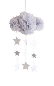 Mobile nuage en tulle gris avec étoiles argent