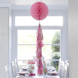 Boule alvéolée rose avec longue guirlande tassel rose et or