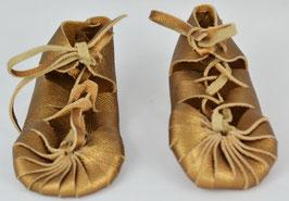 chaussures bébé fille cuir lacées or cuivré