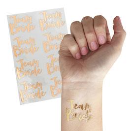 """16 tatouages pour evjf écriture """"team bride"""" rose gold"""